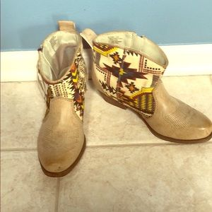 Western print ankle boots